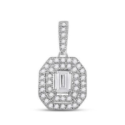 14kt White Gold Womens Emerald Diamond Fashion Halo Pendant 1/4 Cttw
