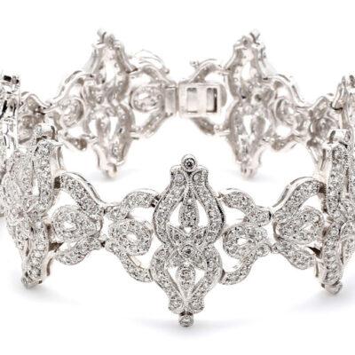 """7"""" Antique Style Bracelet in 18K WG w/ Round diamonds D4.26ct.t.w."""