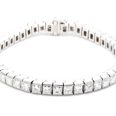 "7"" Tennis Bracelet in Platinum w/ Princess cut diamonds D12.01ct.t.w."