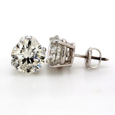 Stud Earrings in 14K WG w/ USA certified F-G/SI3-I2 Round diamonds. D5.51ct.t.w.