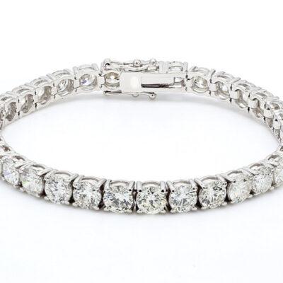 Tennis Bracelet in 18K WG w/ Round diamonds D17.63ct.t.w.