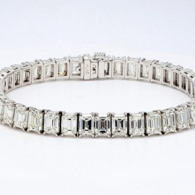 "7"" Tennis Bracelet in Platinum w/ Emerald diamonds D22.00ct.t.w."