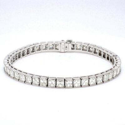 "7"" Tennis Bracelet in Platinum w/ Asscher diamonds D12.30ct.t.w."