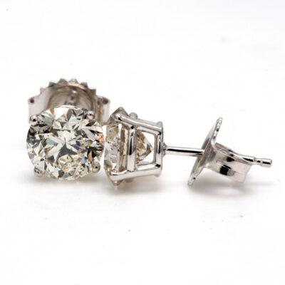 Stud Earrings in 14K WG w/ USA certified F-G/SI3 Round diamonds. D2.45ct.t.w.