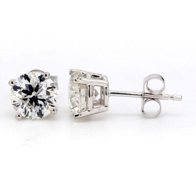 Stud Earrings in 14K WG w/ Round diamonds D1.92ct.t.w.